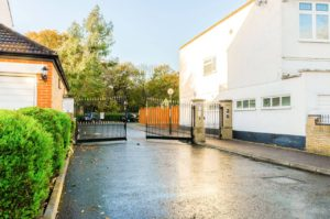 wanstead-private-secure-gated-entrance3